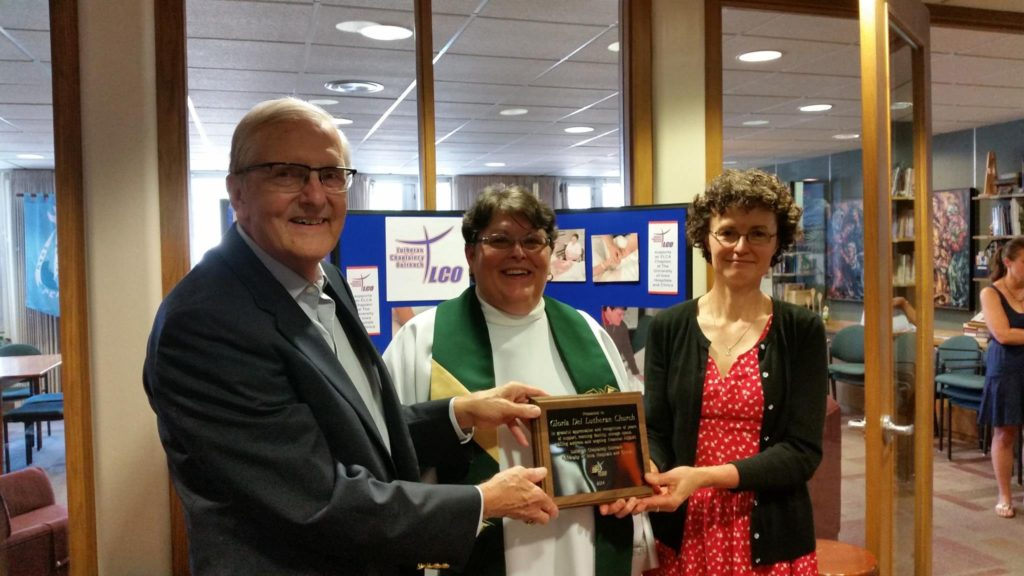 Award to Gloria Dei Lutheran, IA City